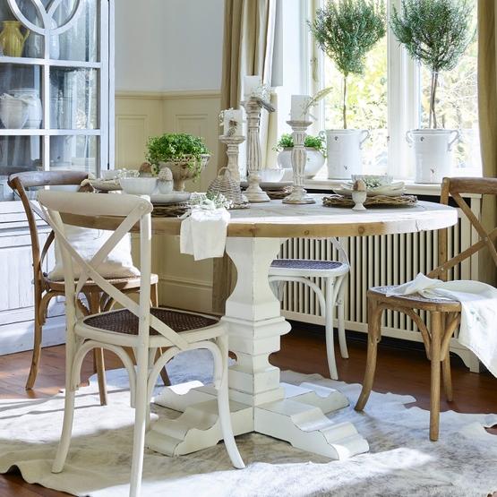 Tisch Sturbridge